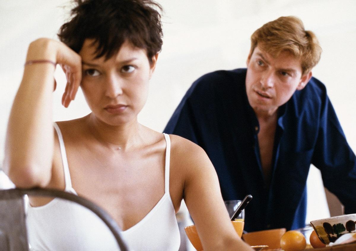 Comment dire si votre copain sort avec quelqu'un d'autre