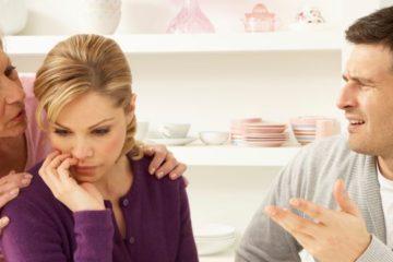 Il ne supporte pas ma famille : des parents trop envahissants